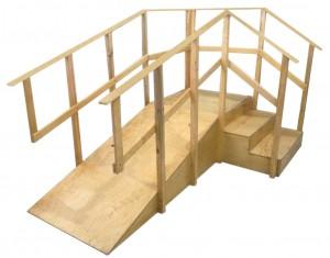 escalera con rampa varniz claro